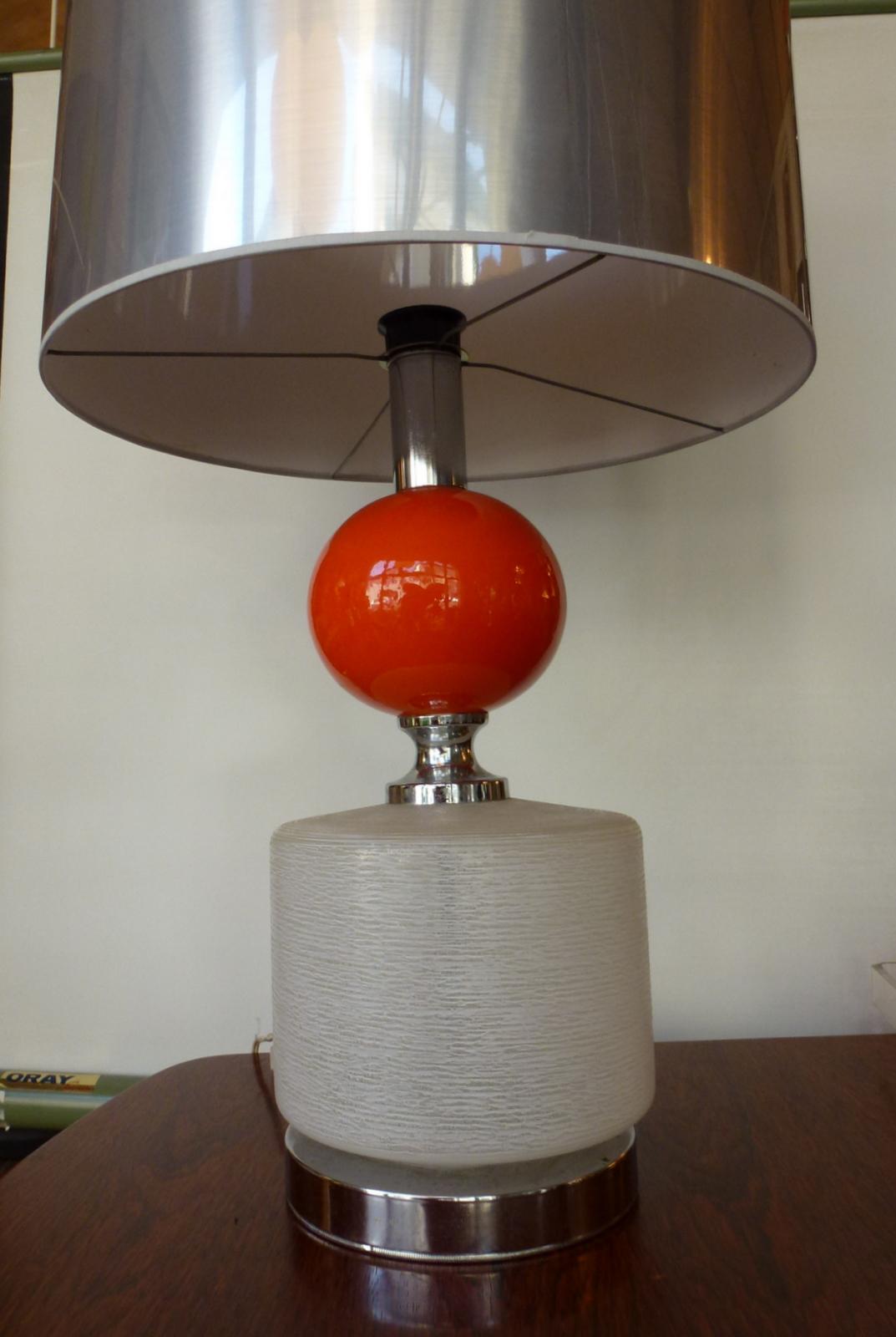 L 39 attrape coeur lampe pied en verre inox et c ramique for Lampe pied en verre